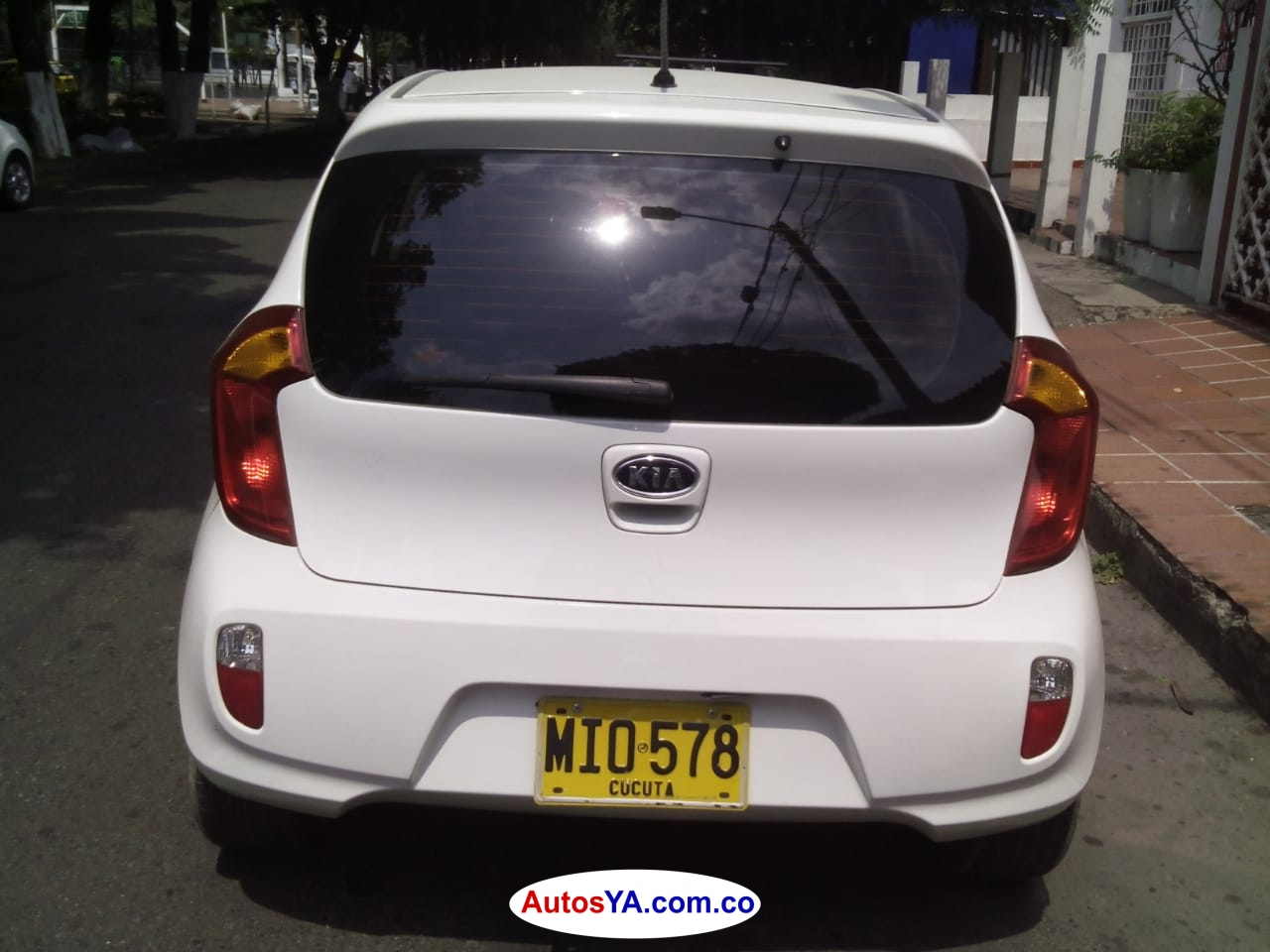 PICANTO 2012AUTOMATICAAAWQW