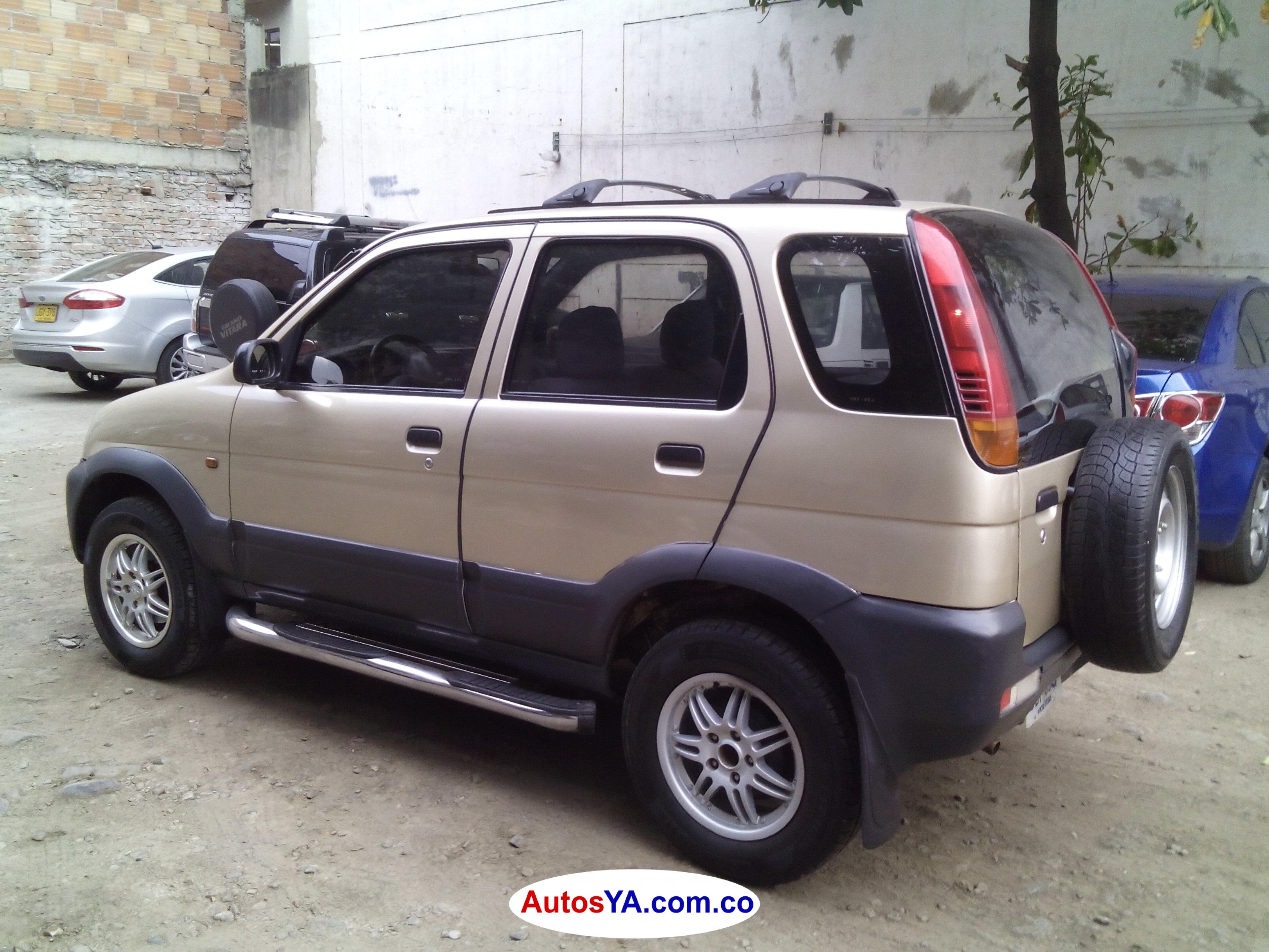 Terios 2004 aut 122549 ven  (3)