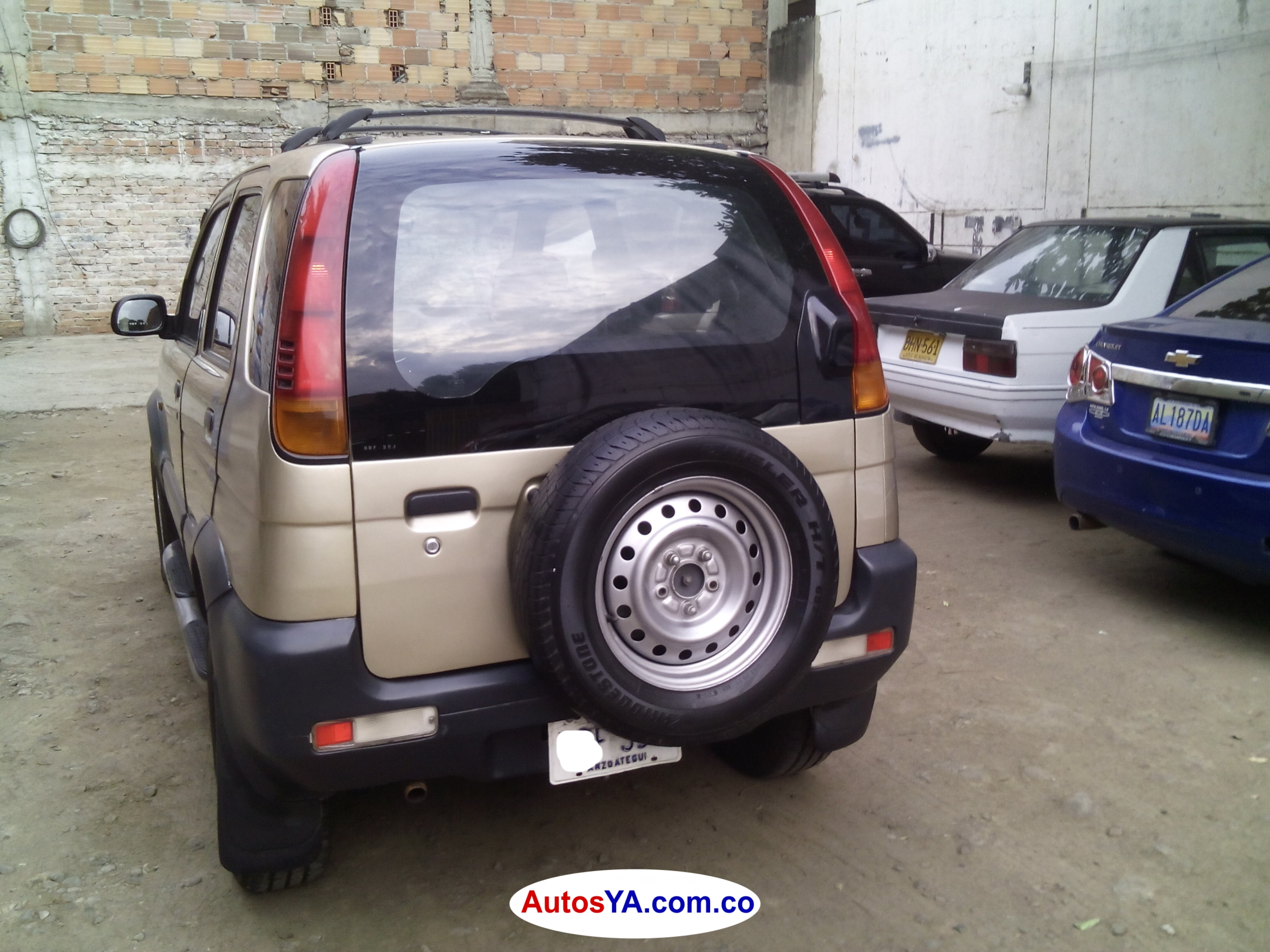 Terios 2004 aut 122549 ven  (4)