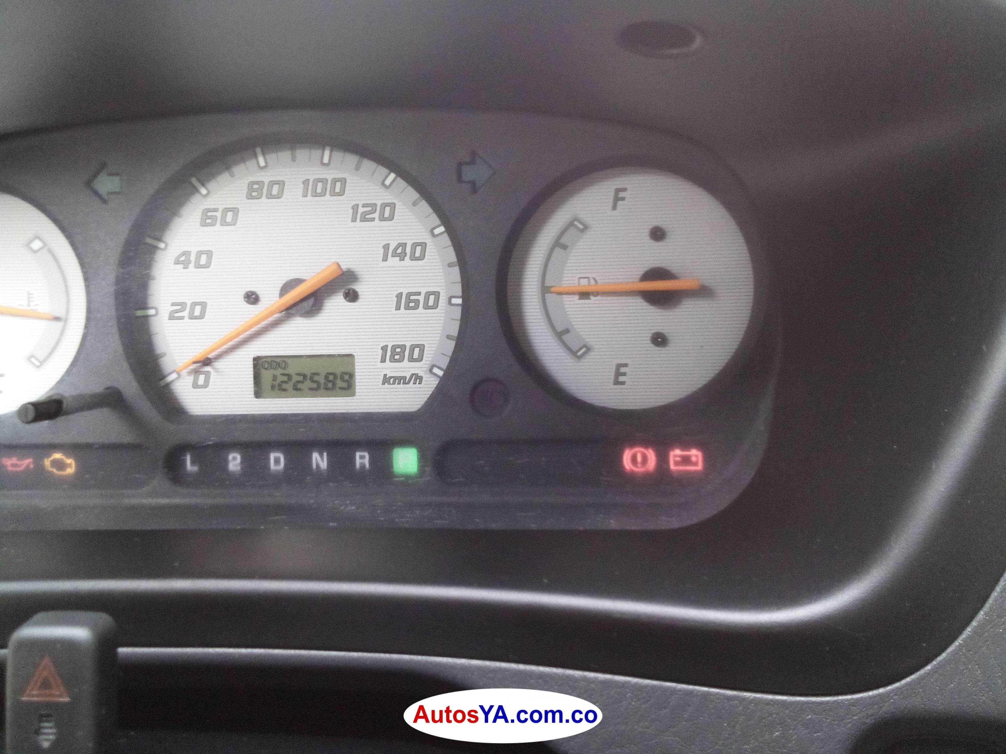 Terios 2004 aut 122549 ven  (7)